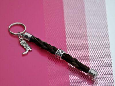 Schlüsselanhänger Pferdehaar mit Perle und Anhänger